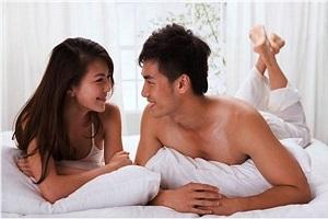 Chồng nhu cầu cao, vợ nhiều phen dở khóc dở cười